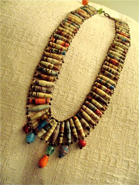 Paper Beaded Necklaces | The Jicaro Project